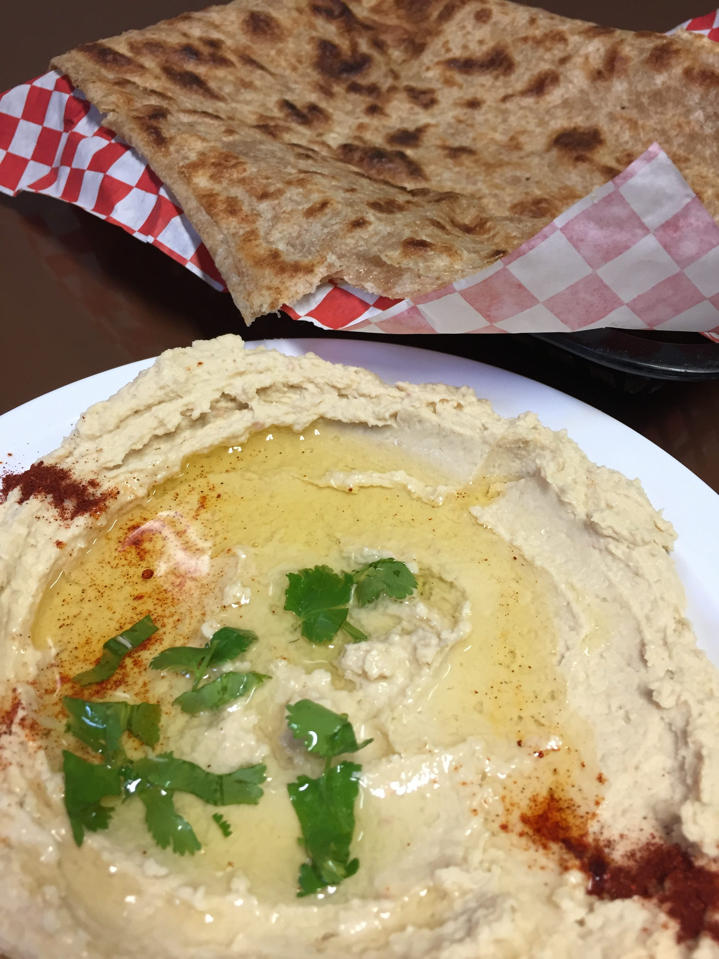 Yemeni food hummus and tawah