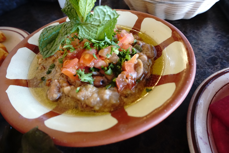 fūl mudammas - Lebanese food