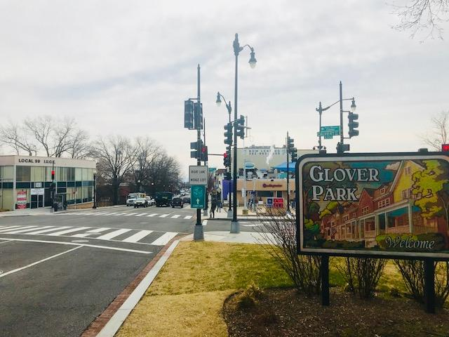 Glover Park road sign